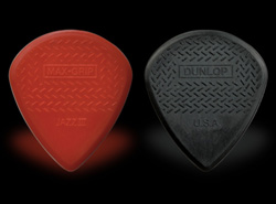 Jim Dunlop Max Grip Jazz III guitar pick